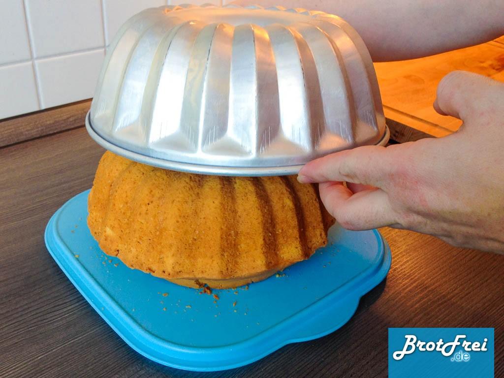 Kuchen Aus Silikon Backform Lösen : anleitung und rezept f r einen gugelhupf kuchen brotfrei ~ Watch28wear.com Haus und Dekorationen